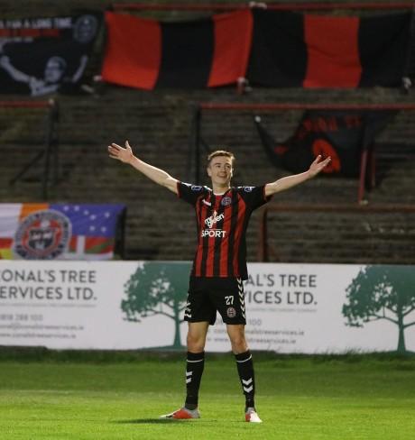 Dano Kelly celebrates against Cork City - A Baldiemann