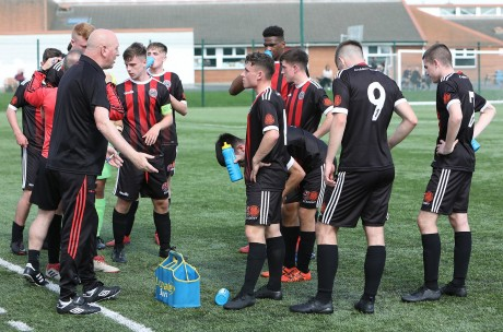 Jimmy Mowlds briefs U17 at the weekend - Stephen Burke