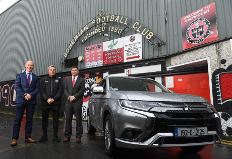 Mitsubishi Motors Ireland Official Vehicle Partner of Bohemian FC – Contract Signing